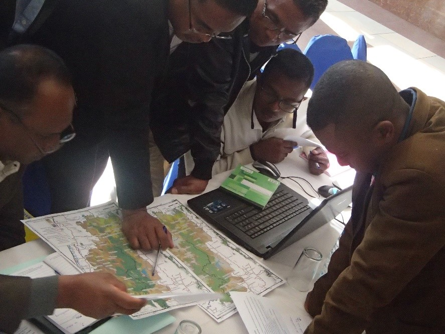 Engaged stakeholders in Moramanga during an ABCG workshop on future land use